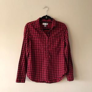Old Navy red and black checked top